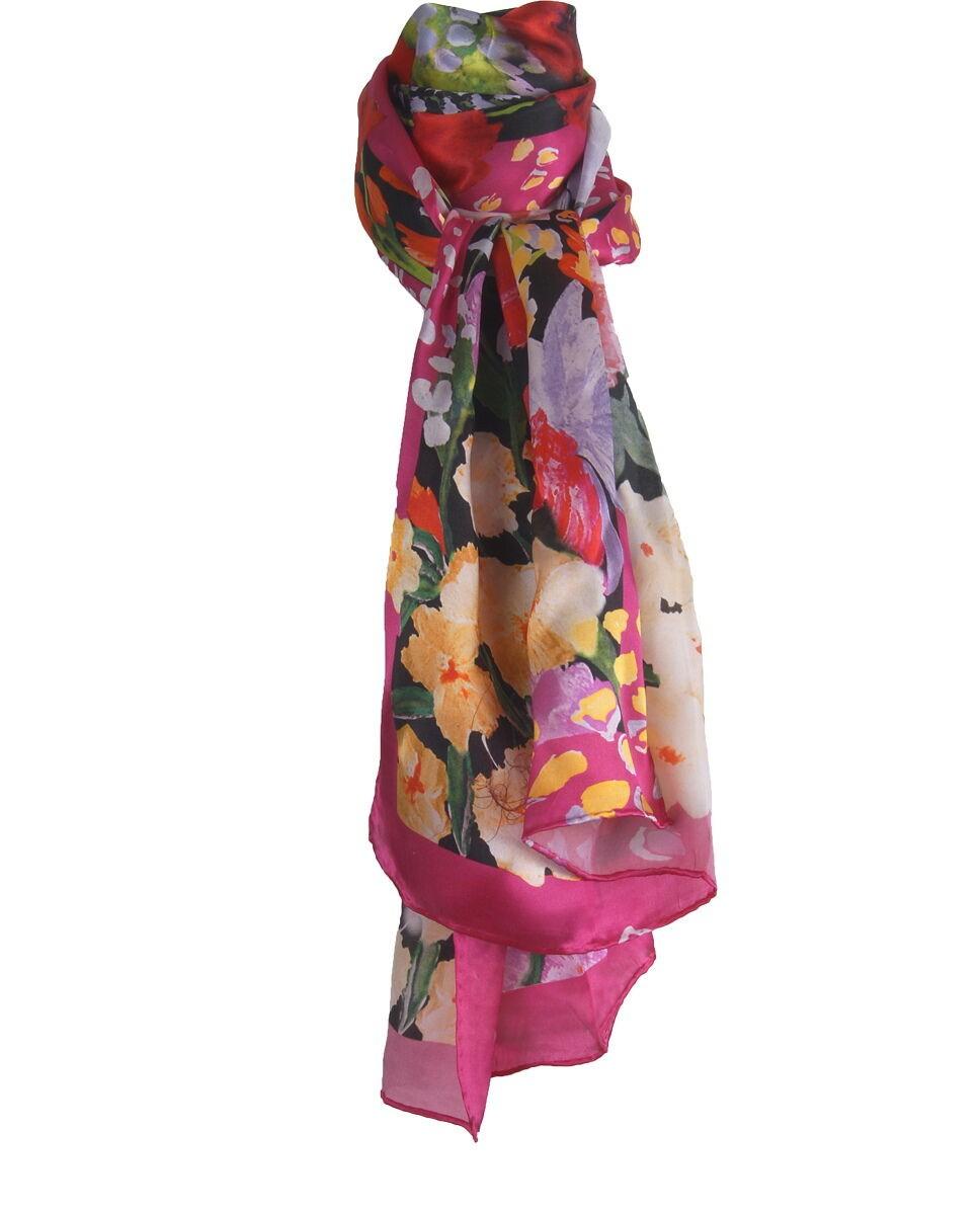 Zijden sjaal met een schildering van bloemen