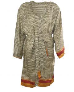 Zandkleurige zijden kimono