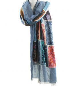 Jeansblauwe gemêleerde sjaal met multicolor middendeel