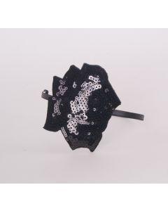 Zwarte skinny diadeem met grote pailletten-roos