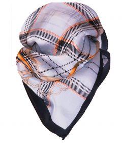 Vierkante satijn zijden sjaal in lichtblauw