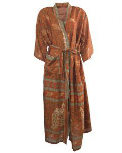 Lange roest-oranje zijden kimono met pauwen print
