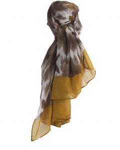 Luchtige sjaal met bloemenprint in taupe en okergeel