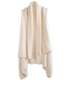 Fluffy gebreid mouwloos vest in ecru