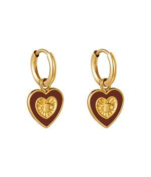 Oorbellen met hartvormige bedel in goud en rood