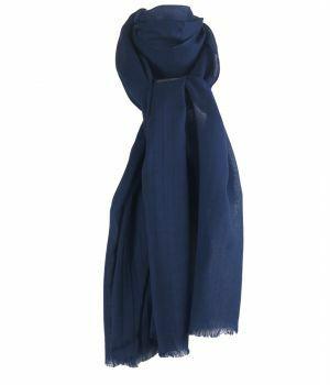 Donkerblauwe sjaal van zachte wollen mousseline