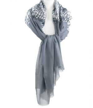Middengrijze sjaal met slangenprint middenstuk