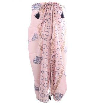 Lichtroze sarong met diverse prints