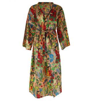 Lange lichtroze katoenen kimono met Frida Kahlo print