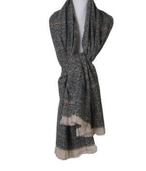 Zachte sjaal in zwart met ruitpatroon