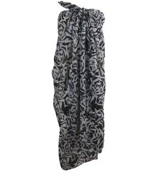 Sarong met rozen in zwart-wit