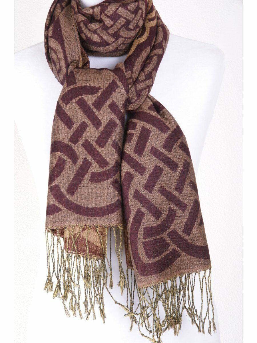 Pashmina shawl met graphic design