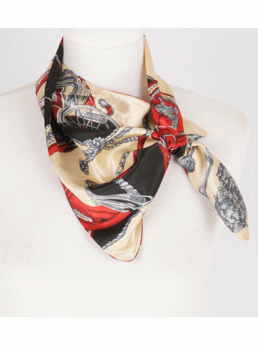 Champagnekleurige satijnen slip-on sjaal met klassieke print